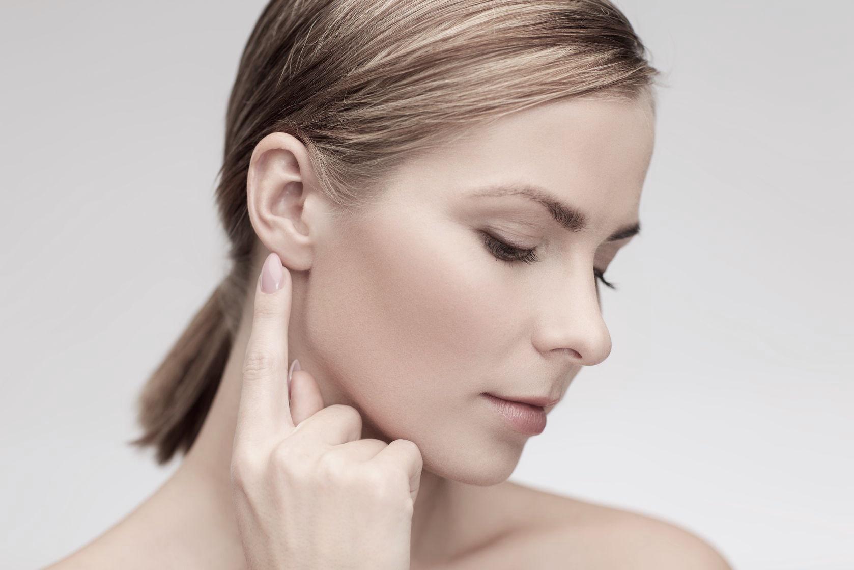 Oubliez vos oreilles décollées grâce à la chirurgie réparatrice