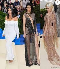 Kylie Jenner et la chirurgie esthétique : une relation ambigue